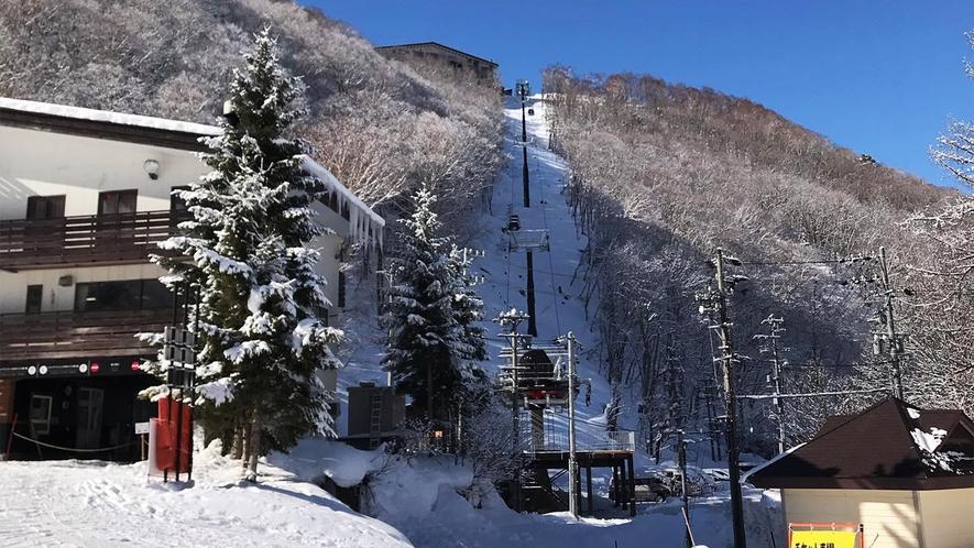 *ゲレンデ/2020年にオープンした志賀高原リゾートゴンドラ!山の駅とジャイアントスキー場を結びます
