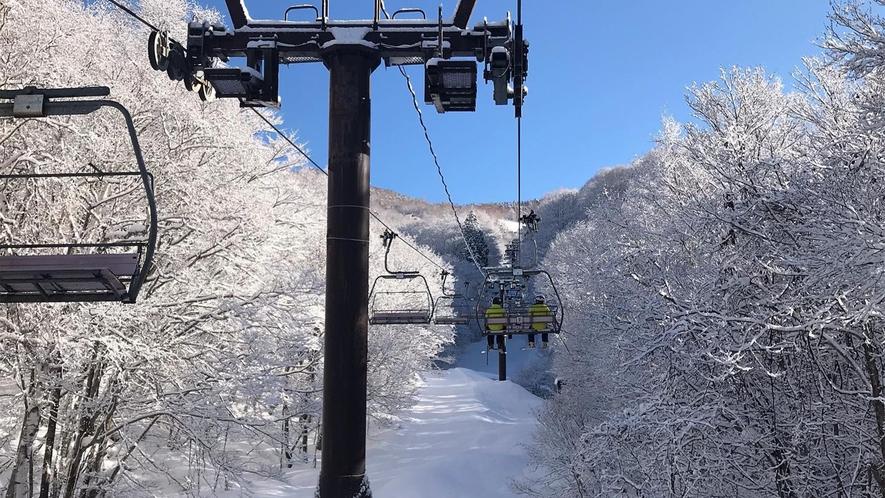 *ゲレンデ/リフトやゴンドラに乗って一ノ瀬方面に移動OK!ビッグスノーリゾートでスキー&スノボを満喫