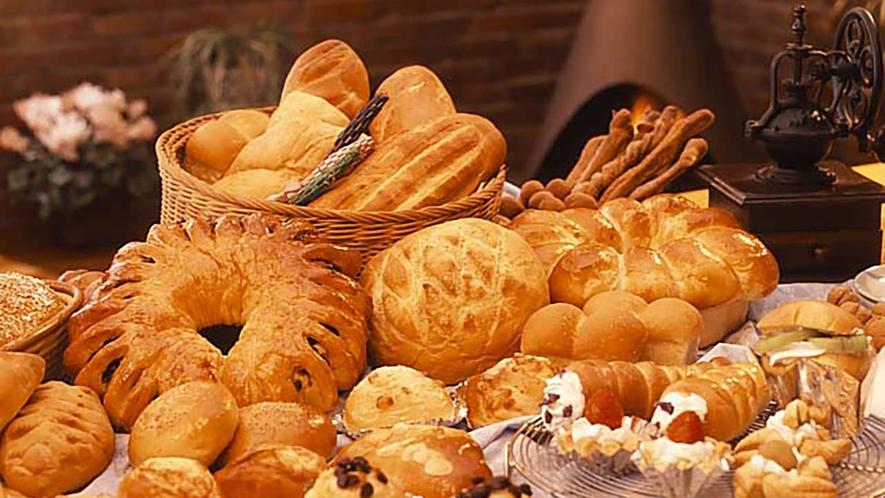 焼きたてのパンを召し上がれ
