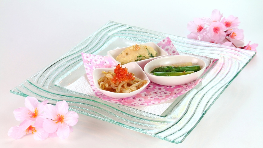 【食事】春の夕食一例。山菜と春野菜を使った前菜3品。