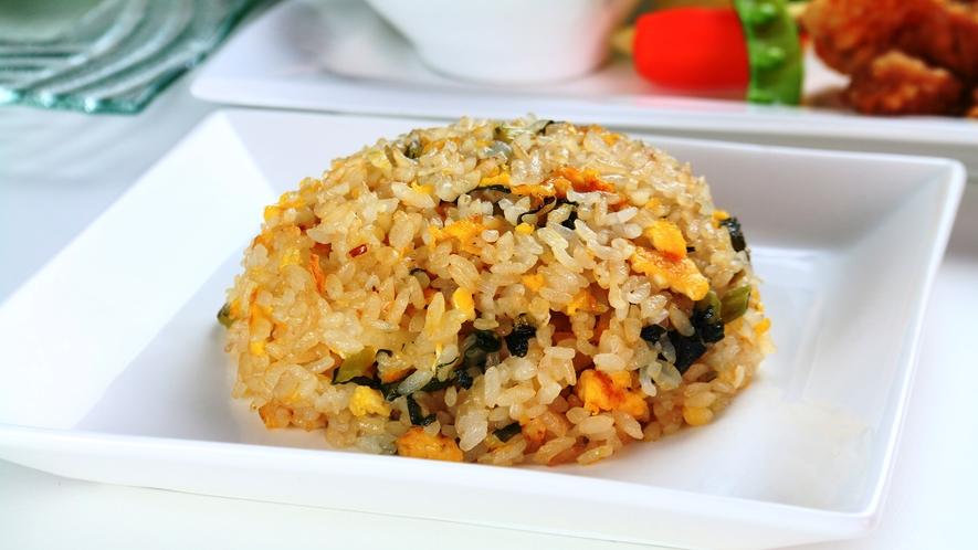 【食事】夕食の一例。中華をベースにした、創作料理のフルコース。
