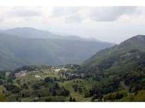 志賀高原に向かう途中からの牧場の風景