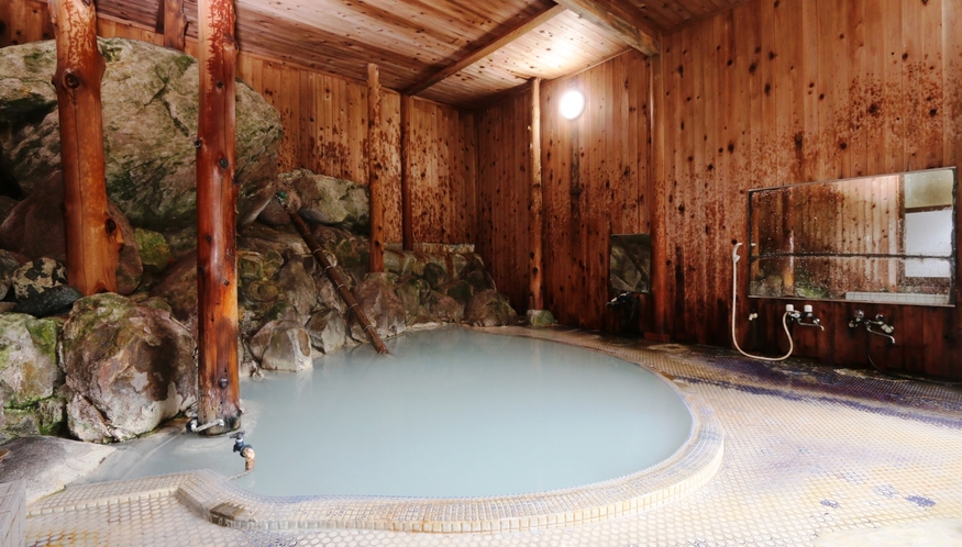 天然硫黄温泉にゆったりと浸かり、旅の疲れをお癒し下さい。