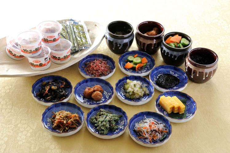 【朝食メニュー】納豆&漬物!日替わりです。