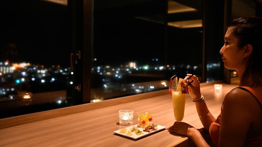 【CAPRICORN/13階】ホテル最上階からの絶景を楽しめる天空カフェ・バー※現在バー営業休止中