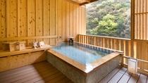 貸切露天風呂「檜風呂」