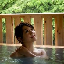 貸切露天温泉「檜風呂」