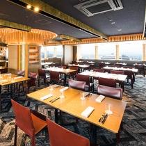朝食会場 17階 「レッドフランマ」 天神の街並みを見ながら、朝の優雅な時間をお過ごしください。