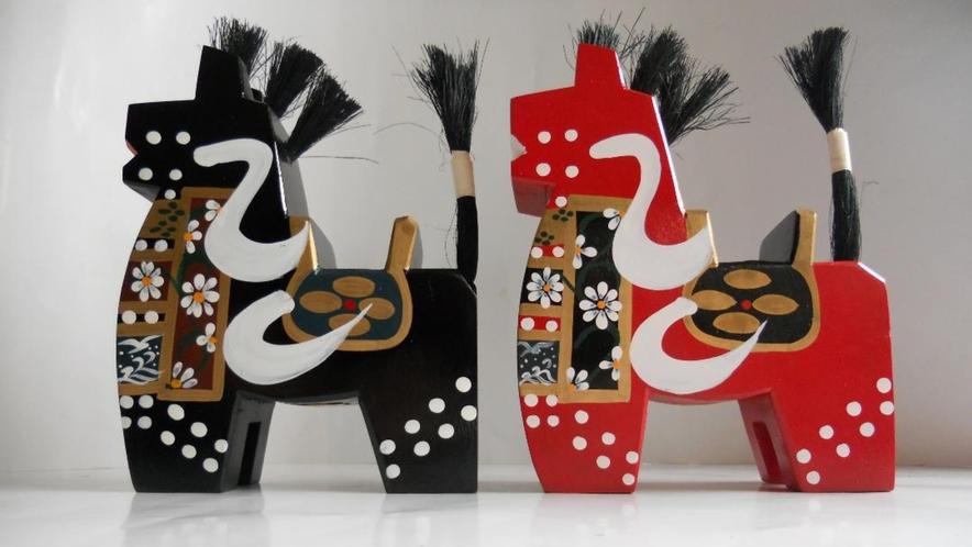 【八幡馬】 八戸市を中心とする南部地方に、古くからある郷土玩具のひとつです。