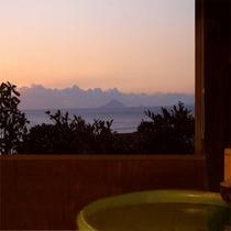 *【漁り火】客室展望露天の眺望(4階)