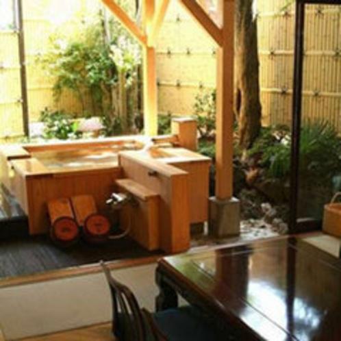 *露天付客室【風さやか】潮風と檜の香りがさわやかです。