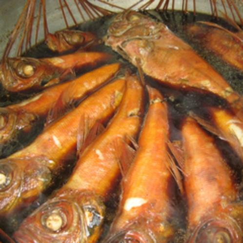 稲取沖であがった脂の乗った金目鯛姿煮