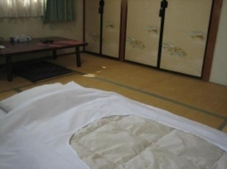 和室【※8畳程度のお部屋になります】
