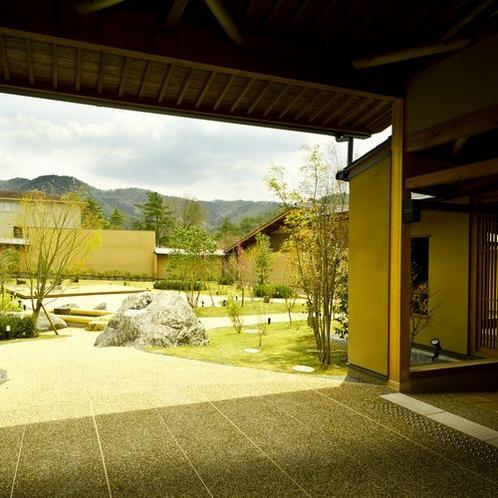 ◆石窯ダイニング-はなり-外観(2)