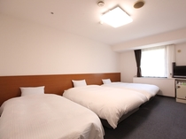 (部屋-トリプル)エキストラベッドで4名様での宿泊も可能です。