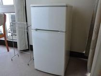 冷蔵庫が付いているお部屋と、付いていないお部屋がございます。事前にご連絡ください。