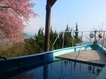 露天風呂から見える3月の景色