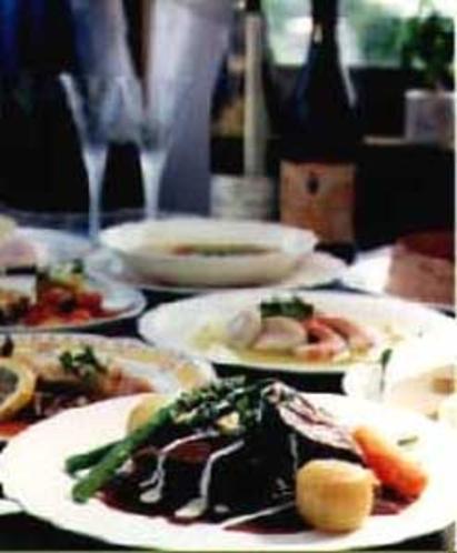 牛肉の赤ワイン煮込み料理