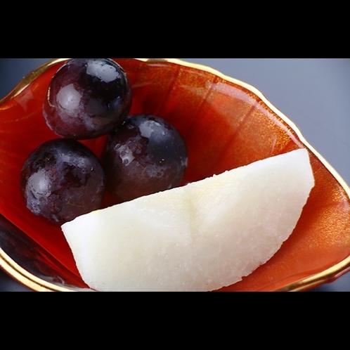【夕食】季節のフルーツ