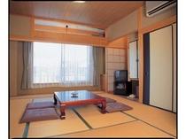 ゆったりと滞在できる和室の客室