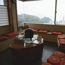 【館内施設】お茶サービス♪お風呂後にどうぞ!