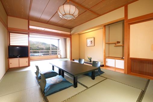 新館和室12畳+広縁3畳(たたみ)/2名〜6名