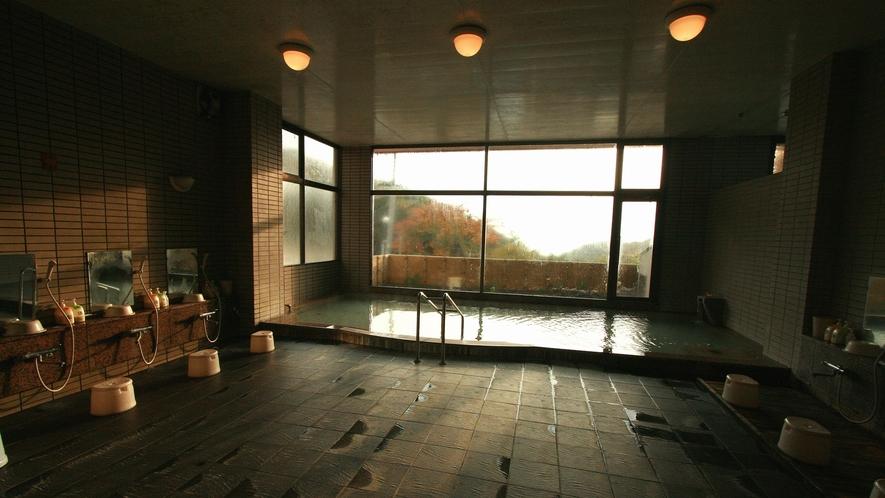 【館内大浴場】施設(全景)