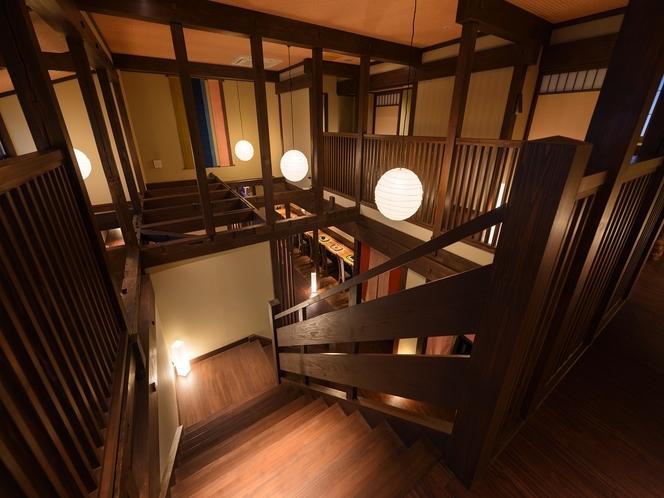 個室風食事処グリルダイニング「藍」2階には個室和室が4部屋ございます。