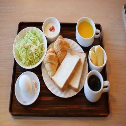 ◆洋食(一例)4種類のパンをご用意しております。コーヒーと一緒にどうぞ☆彡