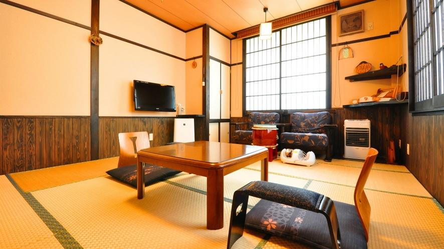 【もみじ】露天たる風呂付客室は2間の和室あり
