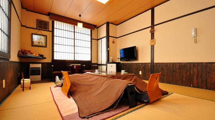 【やまぼうし】露天陶器風呂付客室の和室