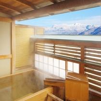【4F露天風呂付客室:長方形】長方形のヒノキ樽風呂。蔵王連峰眺めながら…。100%源泉掛け流しです。