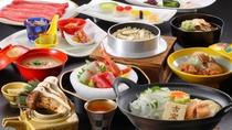 【松茸会席】(すき焼きコース)秋の味覚の代名詞「松茸」ふんだんに使用した味覚膳です。