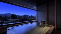 【6F露天風呂付和洋室(雪の館)】露天風呂は全室温泉、高層階(6F)に4部屋のみの客室です。