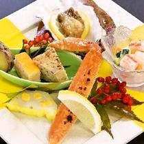 【冬の前菜】牡蠣鍬焼き 帆立蟹みぞれ和え 焼ずわい蟹 他五品