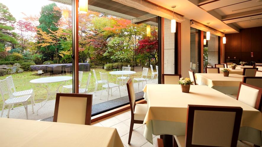 ■朝食会場-ブラッサムガーデン-■