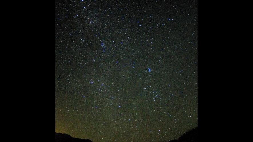 冬にも天の川!満天の星たちを草原やバルコニーから観賞
