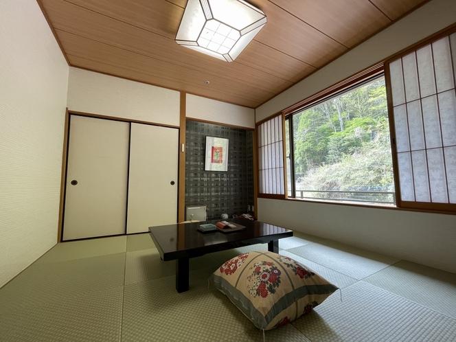 コンパクト山側8畳和室 一例