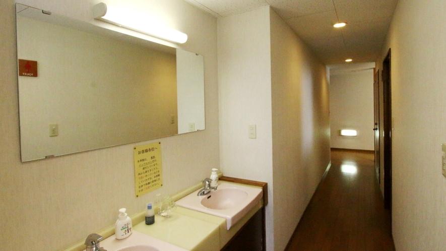 洗面、風呂、トイレは共用となります