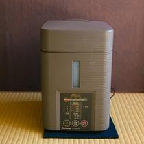 【アメニティ】 *冬期間はより快適にお過ごしいただけるよう、お部屋に加湿器を設置してございます。