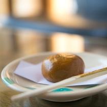 【こんな過ごし方】 *ご到着時のお菓子は、夏は冷たいものを、冬は温かいものをご用意しております。