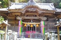 伊豆最古の宮・白浜神社(参拝神殿)。ご朱印あり。徒歩5分。