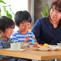お子様大満足!好きな料理を好きなだけ食べられます!