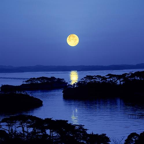 松島湾 満月