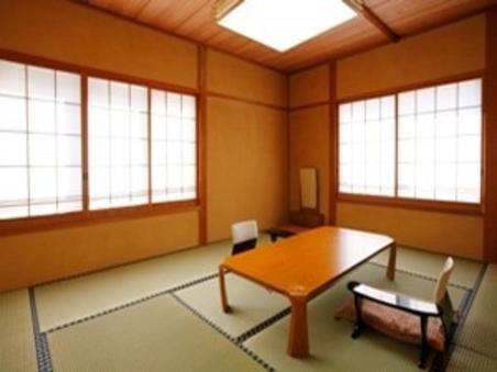 【本館】和室(10帖)トイレ付