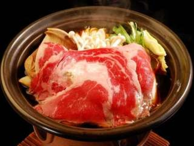 夕食の会席料理 陶板焼(一例/日によって異なります)
