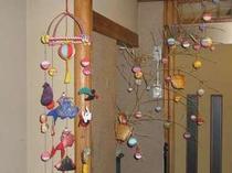 当館の玄関にある手造りの飾りです