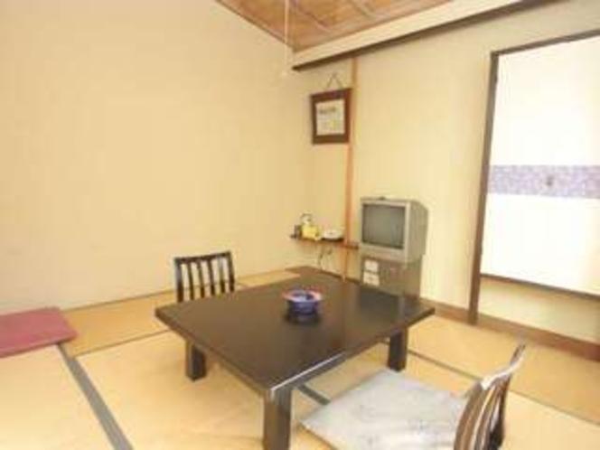 【和室】眺めのない8畳のお部屋です(一例)