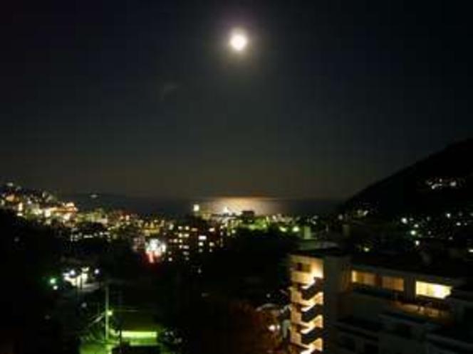 屋上からの夜景です