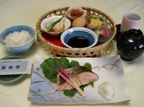 和朝食の御用意も御座います。